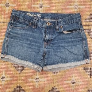 Madewell midrise denim shorts 27